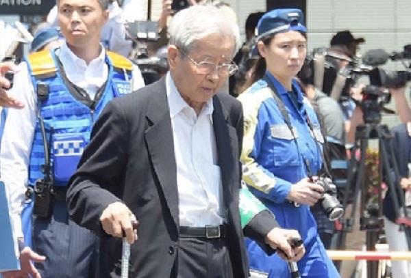 上級国民-飯塚2